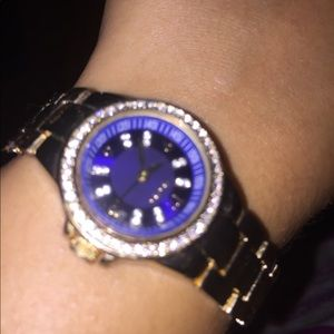 A watch that glistens with diamonds